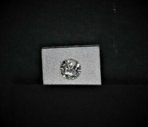 Diamond 0,6 Carat, No Visible Inclusions, Good Color (44059)