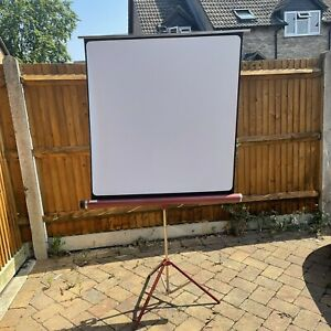 """Vintage Foldable Projector screen tripod - 40"""" x 40"""" screen - Maroon Red - Boxed"""