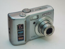 Samsung Digimax S730 7.2 MP Digital Camera - SILVER