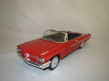 "Ertl/American Muscle  Pontiac  Catalina  ""1962""  (rot) 1:18 ohne Verpackung !"