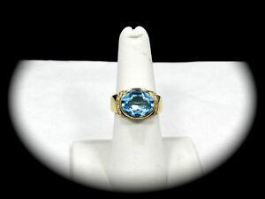Exquisite 18k Yellow Gold 4.2 Carat Natural Aquamarine Ring