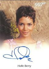 2015 James Bond Archives Halle Berry As Jinx Full-Bleed AUTOGRAPH Card! RARE!