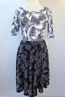 Medium LuLaRoe Noir & Blanc Nicole Dress Beautiful White Black Fern Leaves 04