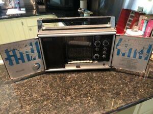 Vintage Ross 12 Band Monitor Shortwave Radio Model 3300