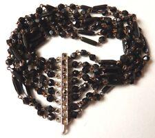 Bracelet à 8 rangs de perles de jais Fermoir en argent Ancien vers 1920