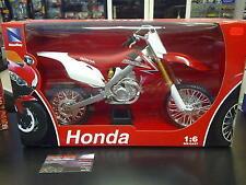 Honda CRF450R 2010 1:6 Rood