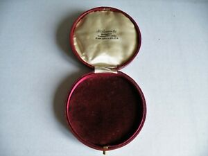 A QUALITY VINTAGE ANTIQUE VICTORIAN CIRCULAR RED LEATHER WATCH BOX  J W BENSON