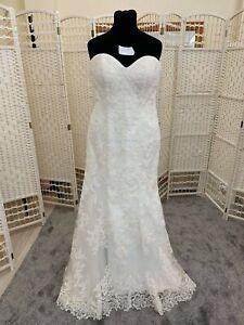 BNWT Eternity Bridal wedding dress size 16 to size 18  NEW lace ivory