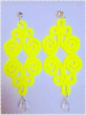 Orecchini pizzo pendenti  artigianali colore fluo giallo 12.5*4.5cm