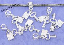 2pz ciondolo charm chiave e lucchetto colore argento 29x8mm