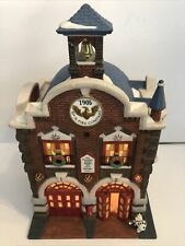 Dept 56 Christmas In The City Series 42nd Street Fire Company Firehouse Fireman