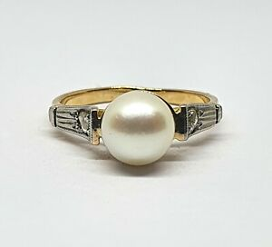Art Decó 18kt Gold Ring with Central Cultured Pearl