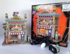 Lemax Halloween Spooky Town Lighted Frosty's Ice Scream Shop #25370 Retired