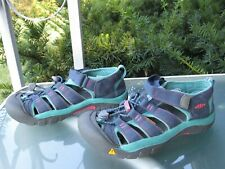 KEEN Blue/Green WATERPROOF Sports Sandals YOUTH Girls size 4