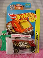 Case P 2015 Hot Wheels AERO POD #104∞Dark Red; Support Team∞Jungle Rally