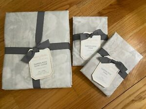 NEW POTTERY BARN GARDEN ROSE FULL/QUEEN DUVET COVER & 2 STANDARD SHAMS, GRAY