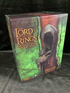 """SIDESHOW WETA THE LORD OF THE RINGS THE HOBBIT """"RINGWRAITH"""" STATUE FIGURE BUST"""