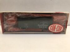 "N scale Con-Cor "" Budweiser Beer ""  40' wood reefer"
