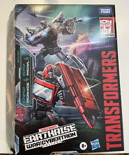 Transformers WFC Earthrise Deluxe WFC-E31 Ironhide & Prowl - IN HAND
