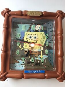 """Sponge Bob Square Pants Plastic Wall Clock Employee Of The Month 2004 8"""" Brown"""