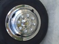 "Workhorse 16"" 8 lug motorhome hubcaps rv simulators front piece snap on stainles"