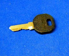 APC Server Rack Cabinet KEY Fits SX, VX, and  more? **FREE SHIPPING**