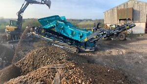 New compact soil, aggregate and waste screener from power screen