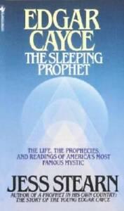 Edgar Cayce: The Sleeping Prophet - Mass Market Paperback By Stearn, Jess - GOOD
