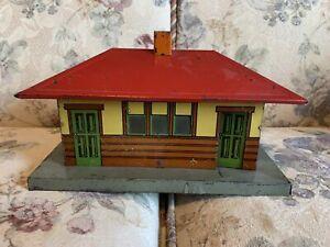 Vintage Model Train Tinplate Depot/station Ives?, Marx?, Unknown Brand, C-5.