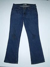 Womens Levi Strauss Signature Jeans Size 12 Low Rise Boot Cut Inseam 31