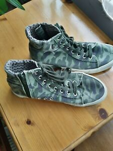 Unisex Replay walking shoes/trainers, zip and lace closure, army colour