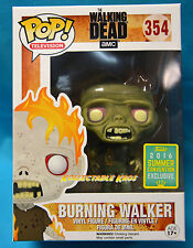 The Walking Dead - Burning Walker SCE 2016 Exclusive Pop! Viny SDCC + Protector