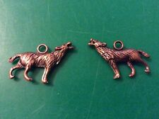 Copper plated wolf with head up charms app 25mm x 16mm x 20 pack