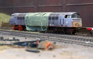 Scrapyard Class 52 diesel hydraulic locomotive, heavily rusted and weathered. R3