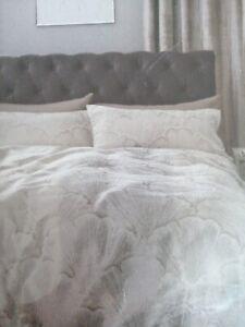 Next Jacquard Leaf Single Bed Set  RRP £40