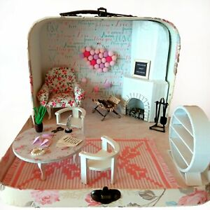 Travel dollhouse in a suitcase 1:12 scale Roombox diorama. Maileg mouse Realpuki