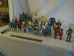 ACTION FIGURE MIXED LOT PREOWNED