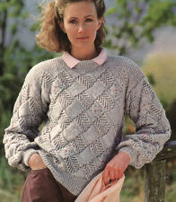 """Mujer Squared bloques entrelac Sweater DK 29 """" - 43"""" Tejer patrón"""