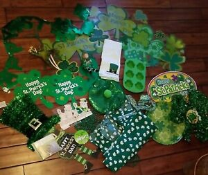 Lot of 25+ St. Patrick's Day Shamrock Decorations Signs Hat Pin Banner Decor Etc