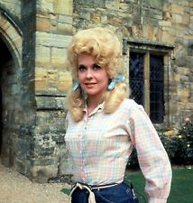 THE BEVERLY HILLBILLIES DONNA DOUGLAS AS SEXY ELLY MAE CLAMPETT