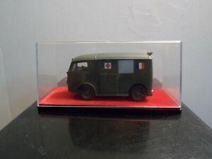 Citroën Tub Ambulance militaire  1/43ème