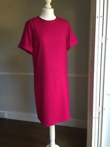 GUCCI FUCHSIA WOOL DRESS *** SIZE IT 44 *** NEW WITH TAGS *** RRP €1100 ***