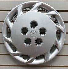 "NEW 1997-1999 Toyota CAMRY 14"" Silver Hubcap Wheelcover OEM 42621-AA030"