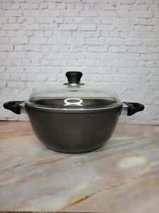 SCANPAN Dutch Oven Classic Ceramic Titanium Stock Stew Pot with Lid Black 5.5 Qt