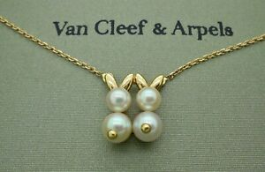 Vintage Van Cleef & Arpels Rabbit Pearl Pendant Necklace in 18k Yellow Gold