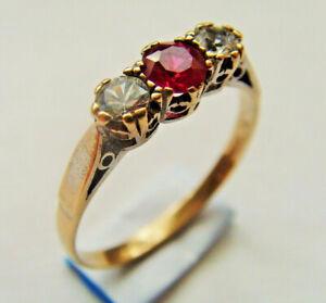 9ct Gold Red Pink & Clear Three Stone Ring U.K Size Q Hallmarked