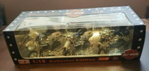 Maisto Collector Edition 1:18 Scale NIP Series 4 Set of (3) Police Motorcycles