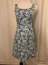 Lilly Pulitzer Blue White Dress Size 4 Sleeveless Floral Lined Scoop Neck Sheath