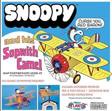 Atlantis Models Snoopy & Sopwith Camel with Motor SNAP 6779 Plastic Model Kit