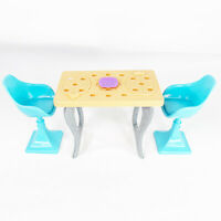 2015 Barbie Dream House Dining Table And Chairs Mattel-FFS